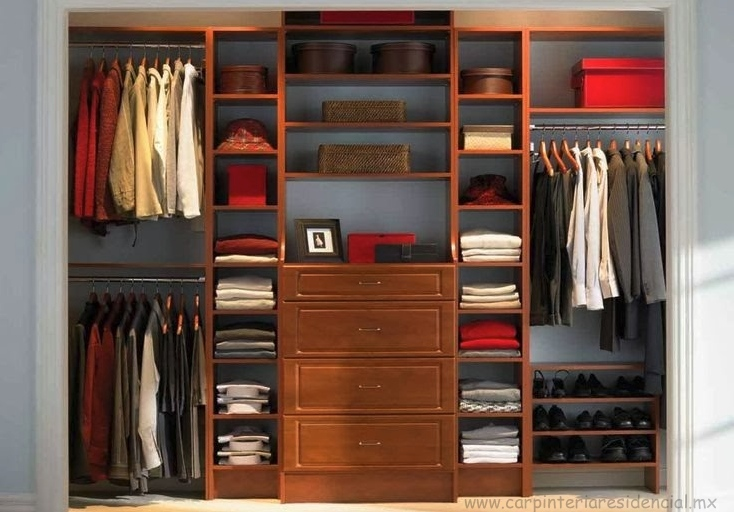 Closets carpinteria residencial slp for Zapatera giratoria para closet