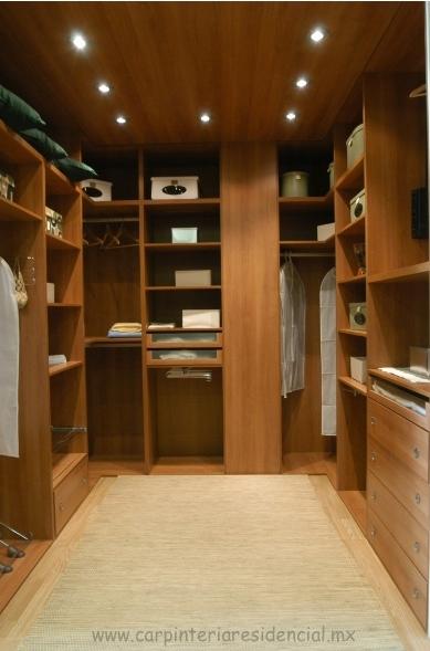 vestidor-pequeno-de-madera