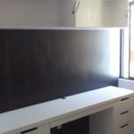 escritorio de madera color blanco
