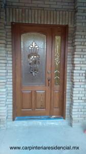 puerta-principal-vidral-madera-encino-san-luis-potosi