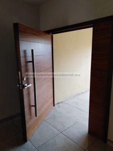 puertas exteriores de madera carpintero slp