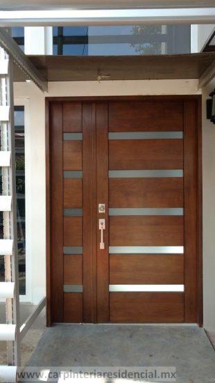 Carpintero puerta exterior de madera moderna en SLP