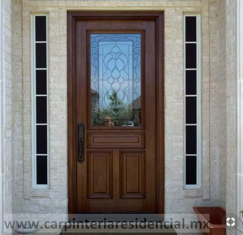 Puerta de madera solida con vidrio