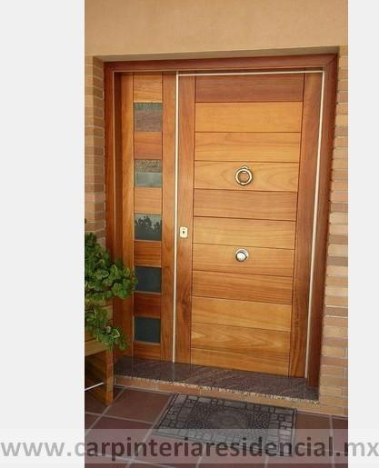 Puerta exterior de madera San Luis Potosi