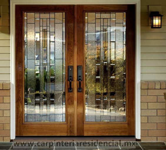 Puerta exterior doble con vidrio carpinteria san luis potosi