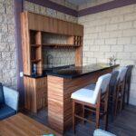 Cantina de madera moderna
