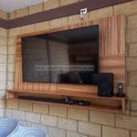 Centro de entretenimiento flotante de madera para tv