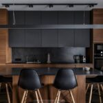 cocina integral negra con madera minimalista san luis potosi